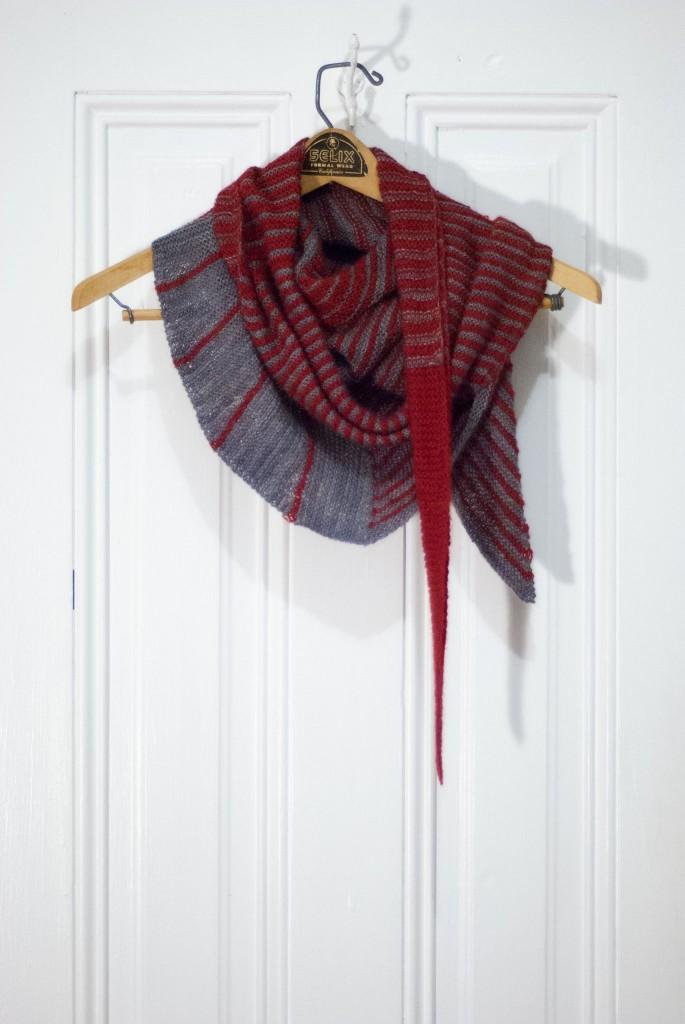 Bolt shawl